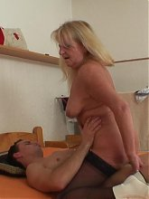 His granny seduction goes very well and he gets laid in his apartment by an old blonde